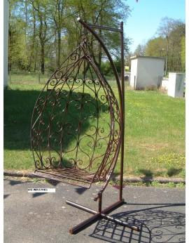 Chaise suspendue en fer forgé plein finition noire ou rouille