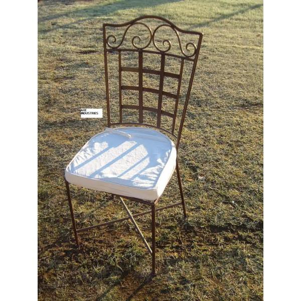 chaise fer forg saint brieuc coussin compris chaises en fer forg axe industries. Black Bedroom Furniture Sets. Home Design Ideas