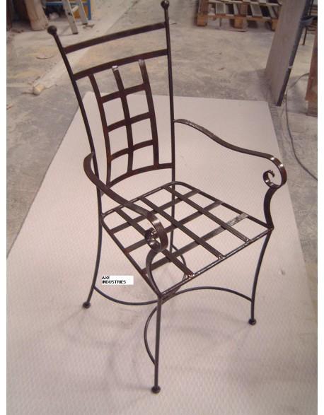 Chaise en fer forgé modèle Eglantine avec assise