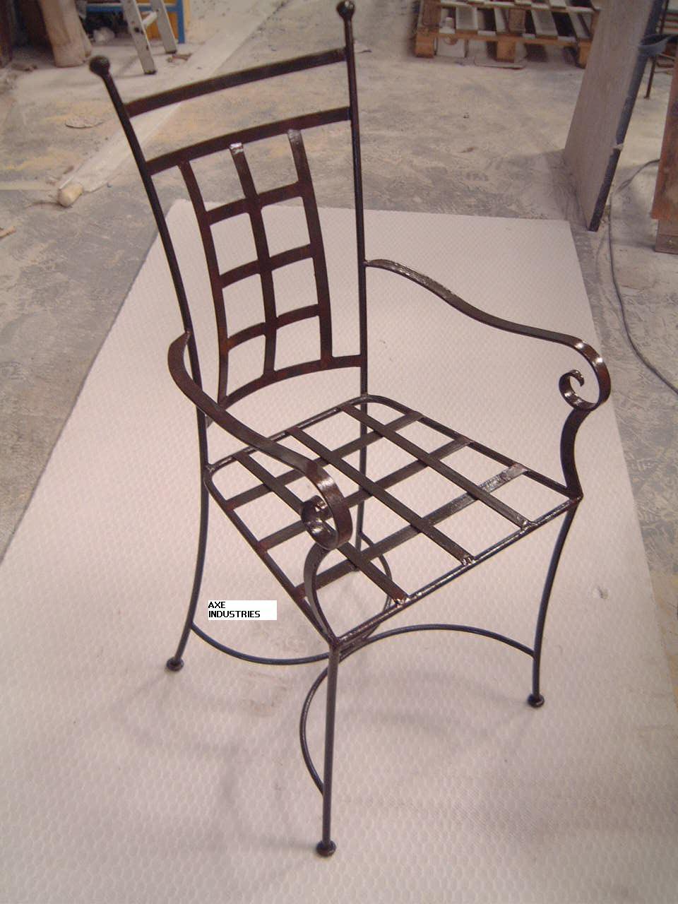 Chaise Fer Forgé Et Bois chaise fer forgé plein eglantine avec coussin - chaises en fer forgé - axe  industries