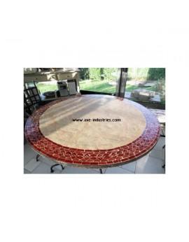 table ronde avec frise en zellige rouge Modèle Meknés