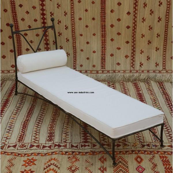 m ridienne myrtille en fer forg m ridiennes en fer forg axe industries. Black Bedroom Furniture Sets. Home Design Ideas