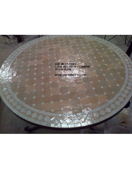 table zellige fer forg bouarfa tables zellige et pied fer forg axe industries. Black Bedroom Furniture Sets. Home Design Ideas