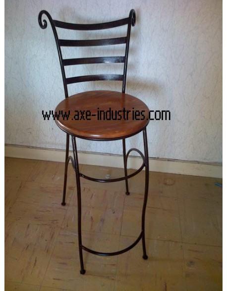 Tabouret Lubéron avec assise bois et pied fer forgé