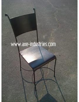Chaise en fer forgé modèle Trafalgar avec assise