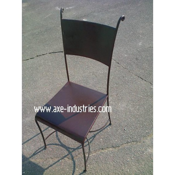chaise fer forg trafalgar coussin compris chaises en fer forg axe industries. Black Bedroom Furniture Sets. Home Design Ideas