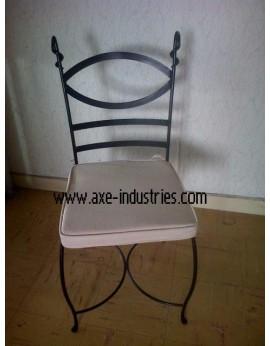 Chaise en fer forgé modèle Marius