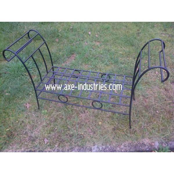 banc en fer forg fauteuils en fer forg axe industries. Black Bedroom Furniture Sets. Home Design Ideas